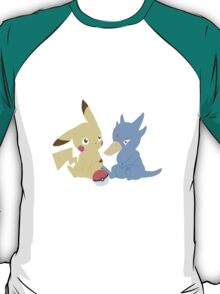 Golduck and Pikachu Minimalist T-Shirt