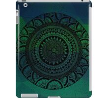 Circle Patterns v.2 iPad Case/Skin