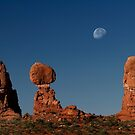 Moonrise Over Balanced Rock by Alex Preiss