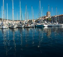 Harbour reflections by DavidMay