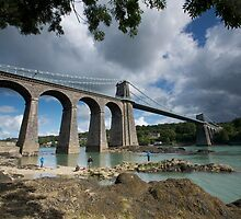Menai Bridge, Anglesey by dilyst