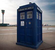 TARDIS by violetraymedia