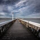 Yarmouth Pier by manateevoyager