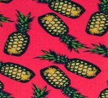 Pineapple crazy  by HeyPluto