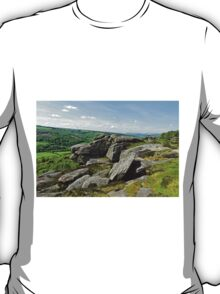 Froggatt Edge Looking North T-Shirt