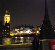 London Night 2 by Osiii