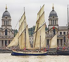 Full sail at Greenwich by Mortimer123