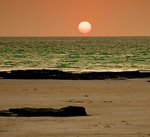 Cable Beach Sunset 2 by D-GaP