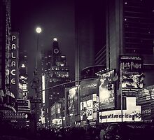 Night Lights in Times Square by jaysanstudio
