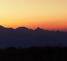 10 minutes before dawn in the mountains by bawanch