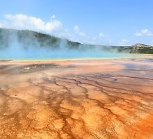 Grand Prismatic Spring at Yellowstone by dkaranouh