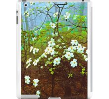 DOGWOOD TREE IN FOG iPad Case/Skin