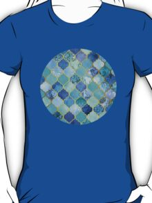 Cobalt Blue, Aqua & Gold Decorative Moroccan Tile Pattern T-Shirt