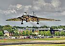 Vulcan To The Skies Landing - Farnborough 2014 by Colin J Williams Photography