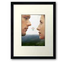 """Outlander - Jamie x Claire """"Love's stronger than time"""" Framed Print"""