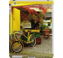 'Magical Cafe' in Totnes, Devon iPad Case/Skin