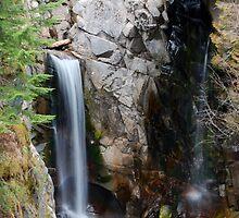 Peeking Falls by bmead2