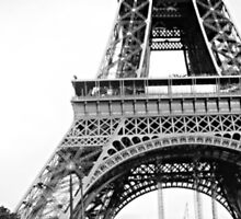 Eiffel Tower by yeinamv