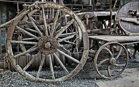 Wagon Wheel by Yampimon