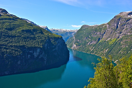 Views: 6891. Earth Wonders -  the Gerianger Fjord . Møre og Romsdal . Norway . by Doctor Andrzej Goszcz.  by © Andrzej Goszcz,M.D. Ph.D