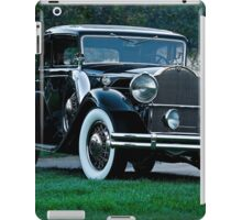 1931 Packard 845 Deluxe Eight Sports Sedan I iPad Case/Skin