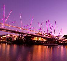 Kurilpa Bridge Brisbane by Melinda Smith