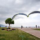 Hand gliders at OluDeniz........ by lynn carter