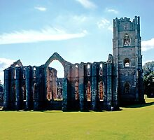 Fountains Abbey13 by Priscilla Turner
