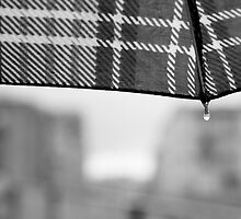 You can stand under my umbrella by BeatrizGR