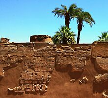 Luxor walls by fotowagner