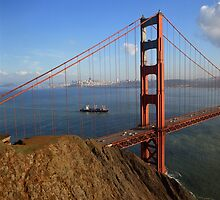 Golden Gate Bridge by CulturalView