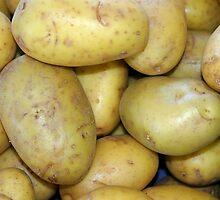 Potatoes by Henrik Lehnerer