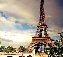 Eiffel Tower #3 by yeinamv