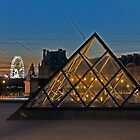 THE LOUVRE PYRAMID by Raoul Madden