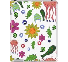 seamless pattern with fantastic flowers and leaves iPad Case/Skin