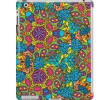 Psychedelic jungle kaleidoscope ornament 34 iPad Case/Skin