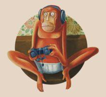 Monkey play T-Shirt
