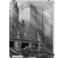 City - Chicago IL - Continuing a Legacy BW iPad Case/Skin