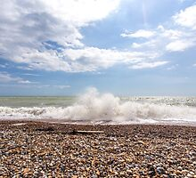 Crashing waves at Cuckmere Haven by Zoe Power
