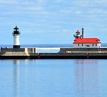Breakwater Lighthouses by rosaliemcm