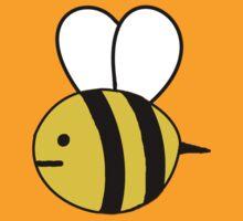 The bee by rosetheunicorns