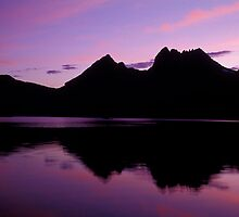 Dove Lake - Cradle Mountain - Tasmania by James Pierce