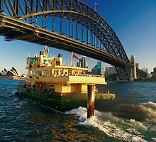 Ferry Away :: Milson's Point, Sydney by theurbannexus