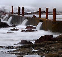 Seaside pool at Eden by Darren Stones