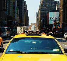 New York Taxi by loopyleffty