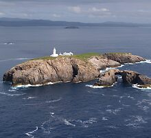 South Solitary Island 1 by Jo  Young