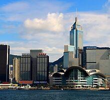 Facing Causeway Bay - Hong Kong. by Tiffany Lenoir