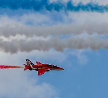 Red Arrows 17 by David Charlton
