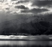 Lake Hawea Moods by Peter  Sundstrom