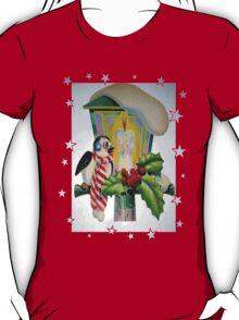 Winter Wonderland Bird Sitting On Vintage Street Lantern T-Shirt